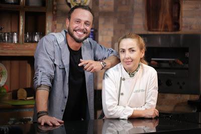 Rafael Paiva e a chef Gisela Abrantes - Divulgação
