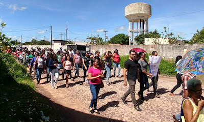 Servidores de Chapadinha nas ruas reivindicando seus direitos