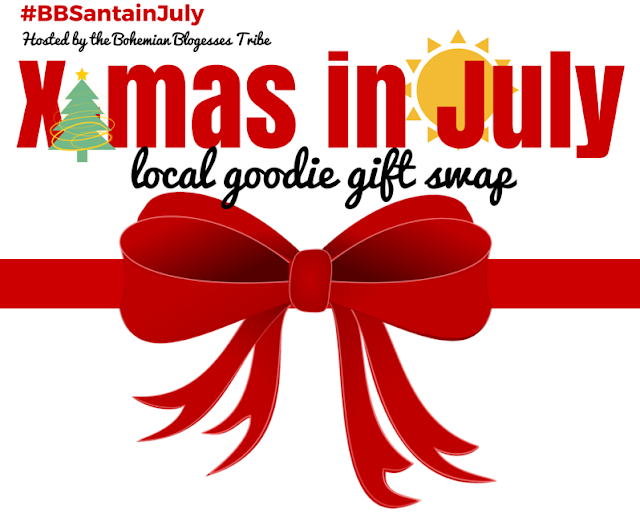 Join the fun in a X-mas in July local goodie box swap! #bbsantainjuly