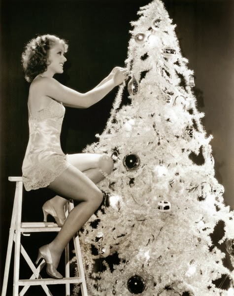 The 1930s christmas tree and decorations miss lindsay lane for A common decoration for the top of the tree