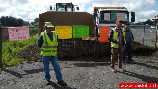 Trabajadores en Paro en la Ruta Crucero - Entre Lagos