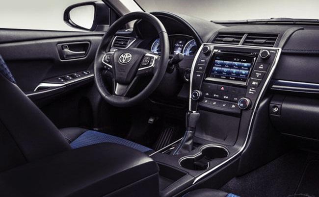 2016 Toyota Camry Xle V6 Interior Design