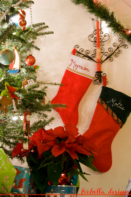 Christmas stockings via foobella.blogspot.com
