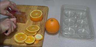 Cortamos las naranjas y el jabón de glicerina