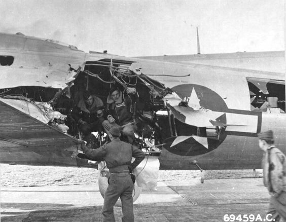 planes barely survived battle damage worldwartwo.filminspector.com