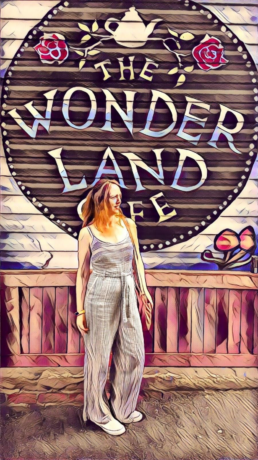 Alice In Wonderland: The Wonderland Cafe