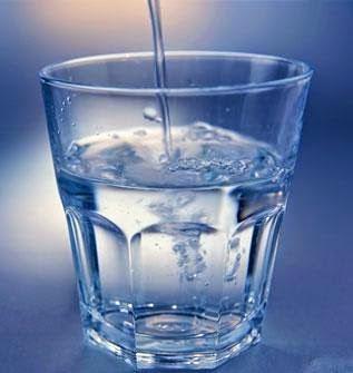 Manfaat dan Khasiat Air Putih Untuk Kesehatan Tubuh
