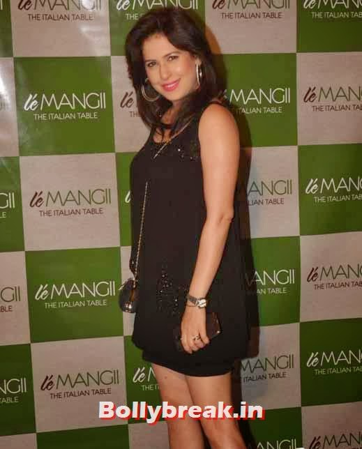 Amrita Raichand, Page 3 Celebs at 'Le Mangii' Launch Party