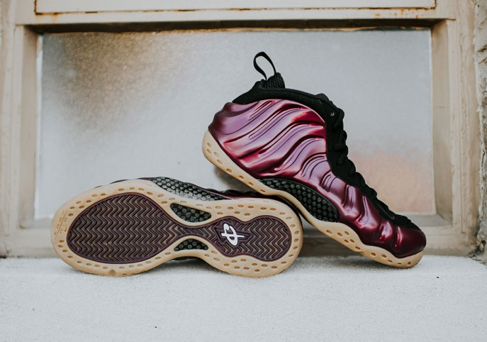 Nike Air Foamposite One Barely Green Reportedly Dropping ...