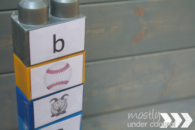 Photo of alphabet blocks - letters B and G