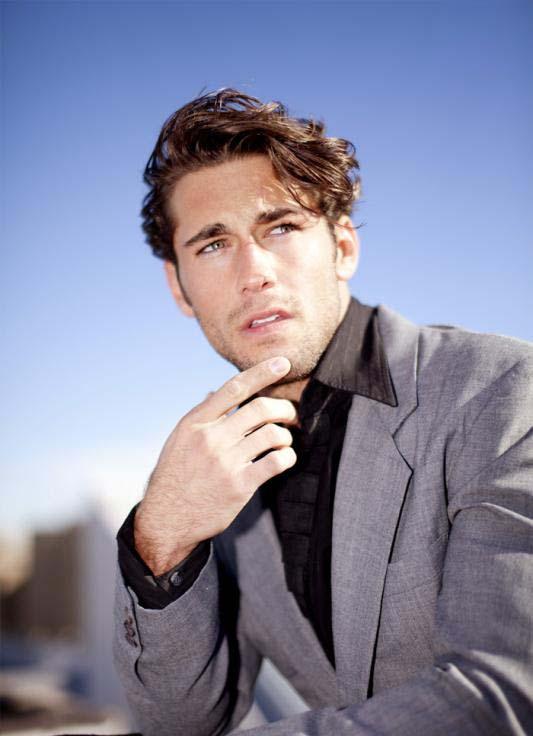 MORPHOSIS: Model : Nick Ayler