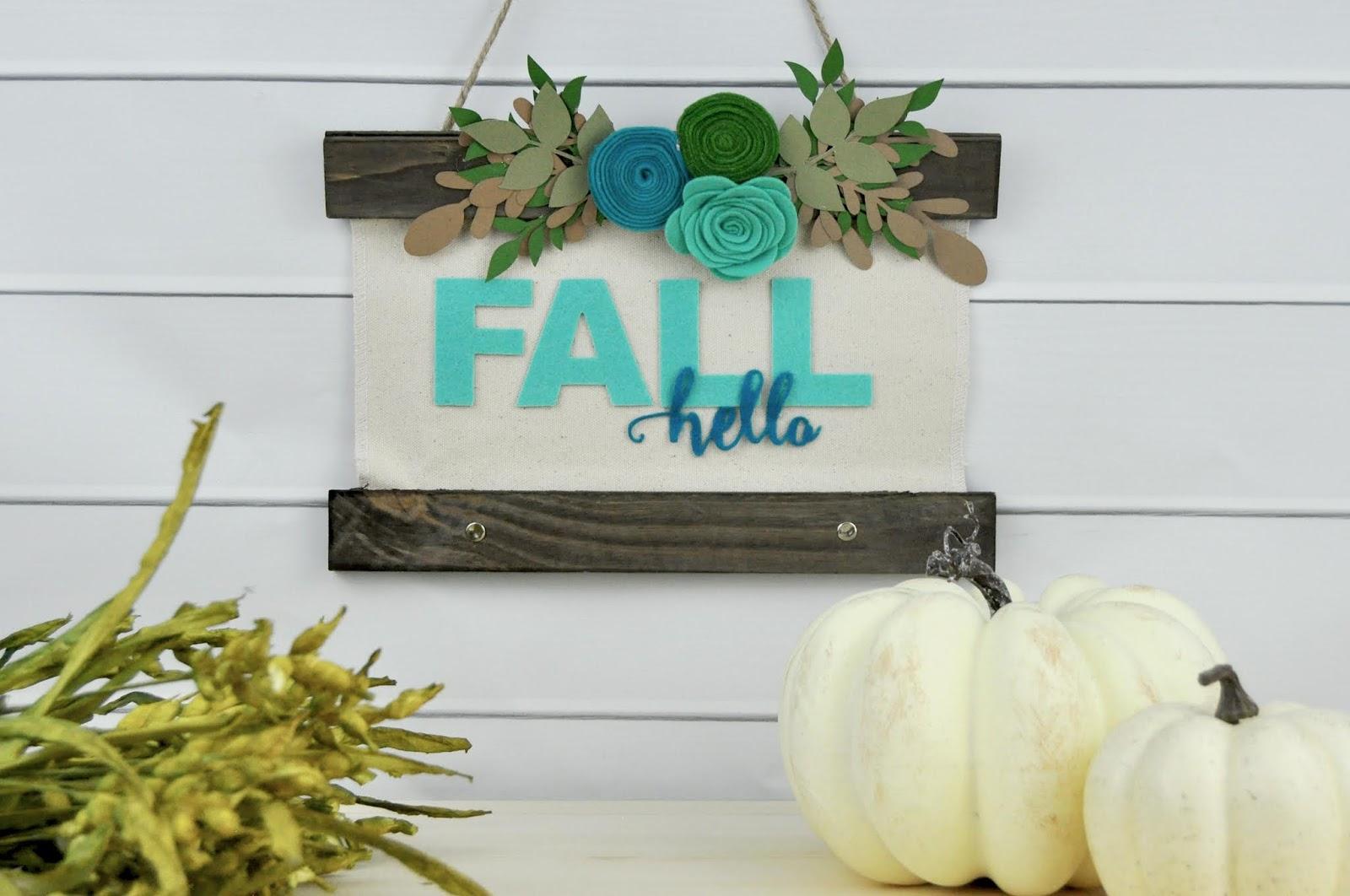 Fall Felt Sign video tutorial with Jen Gallacher for Jillibean Soup. #jillibeansoup #autumnsign #feltsign #jengallacher