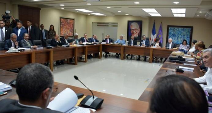 Reinaldo Pared confirma Comité Político del PLD se reunirá el próximo lunes