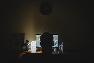 Tips Agar Terhindar Dari Penipuan Online