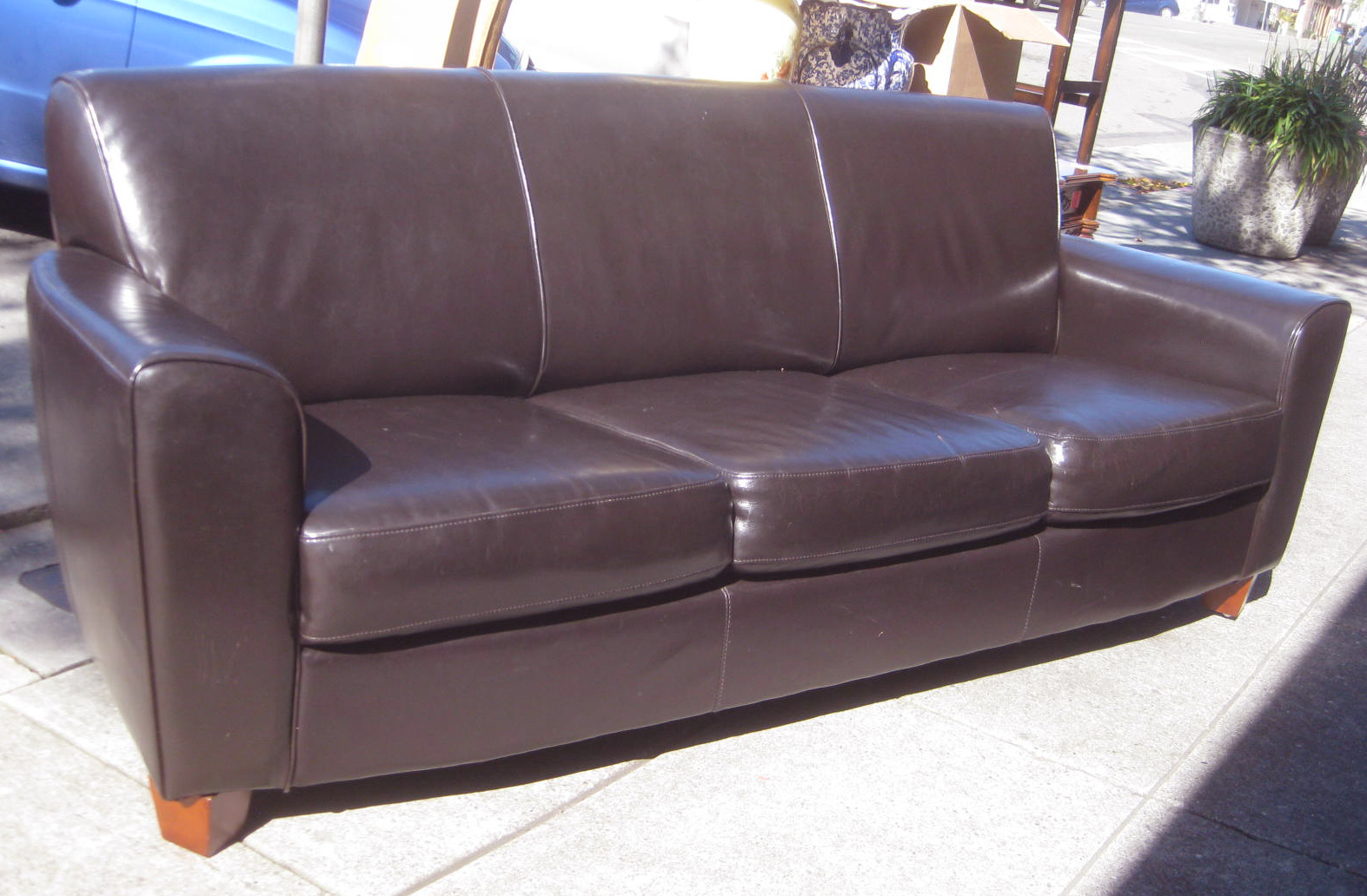 Pleather Sofa Get The Deal 18 Off Emerald Home Marquis