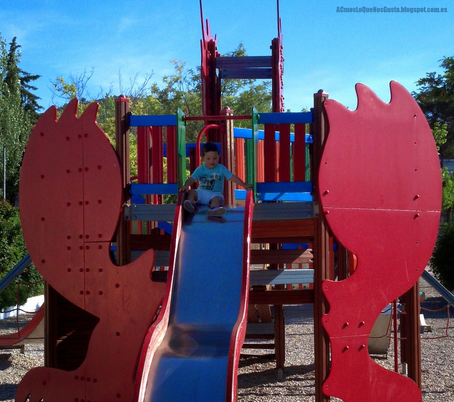 Parque infantil recinto fecial Priego de Córdoba