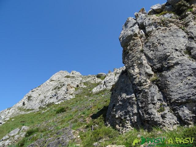 Camino a lo alto de la Sierra de Caranga