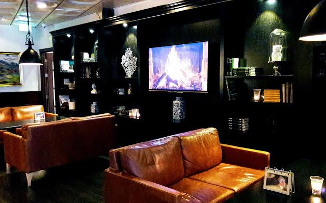 What is elegant restaurant in Akureyri Iceland