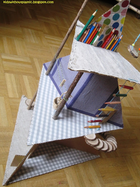 tekturowo-drewniany domek dla lalek diy