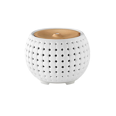 ellia oil diffuser white and wood