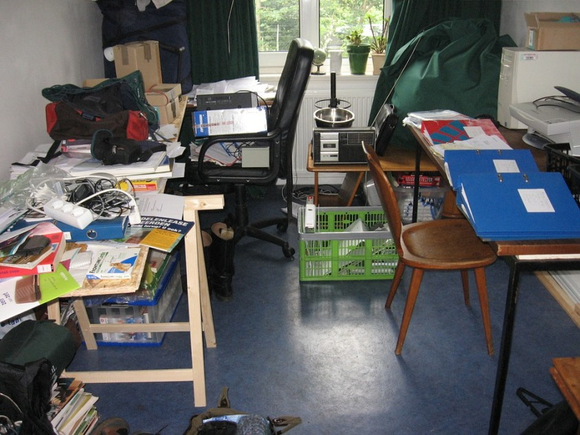 Cluttered Office That Needs Organization Pixibay Image