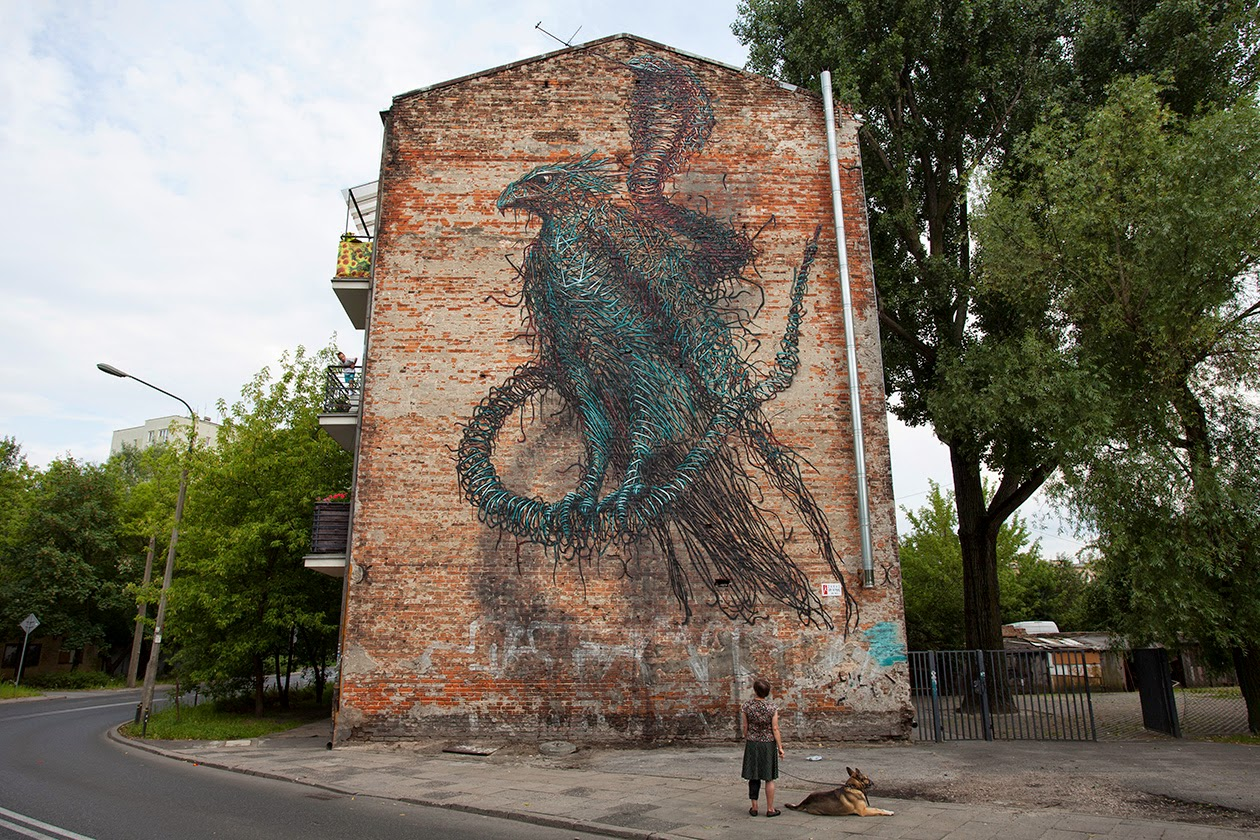 DALeast is currently in Poland where he just finished working on this new street piece somewhere on the streets of Warsaw.