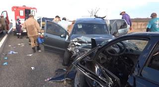 Grave acidente na BR 230 deixa um morto e sete feridos entre Aparecida e Pombal