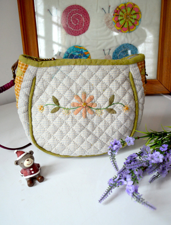 Patchwork & Quilted Bag Tutorial. Photo Sewing Tutorial. Step by step DIY.