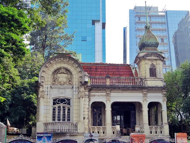Vista ampla do Palacete Franco de Mello - Bela Vista - São Paulo