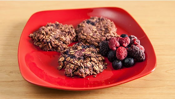 http://weightlossplume.blogspot.com/2014/10/three-healthy-between-meal-snack-recipes.html