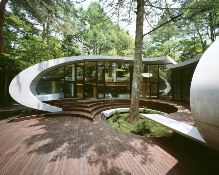 12-Front-Artechnic-Architects-Residential-Architecture-with-the-Shell-House-www-designstack-co
