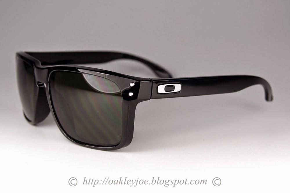Oakley Holbrook Polished Black Grey Polarized 72de45a6ac