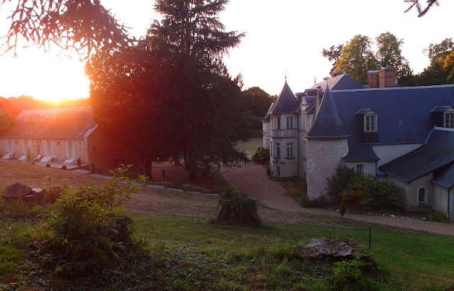 bo på slott i Frankrike