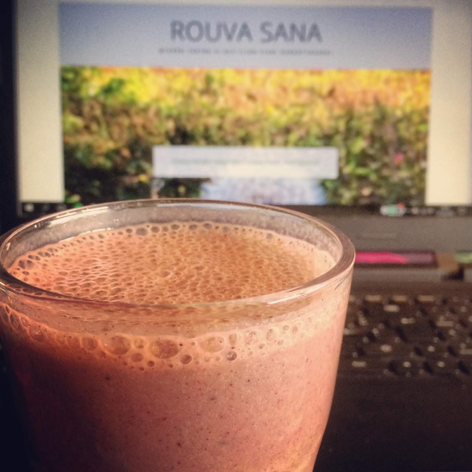 Rouva Sana, blogihaaste, Villa Kotiranta, blogi, bloggaaminen, smoothie, tauko