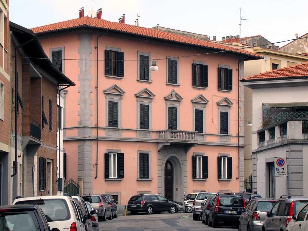 Colori per esterno casa interesting fabulous latest best esterno bifamiliare medaglino san - Colorare casa esterno ...