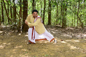 Satyam Movie Stills-thumbnail-12