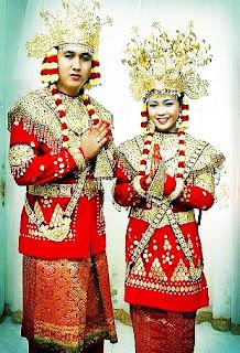 Keunikan-Pakaian-Baju-Adat-Tradisional-Bengkulu-Provinsi-Bengkulu