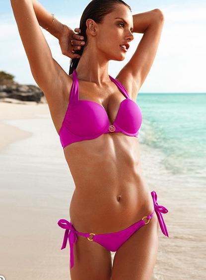 candid bikini modelle