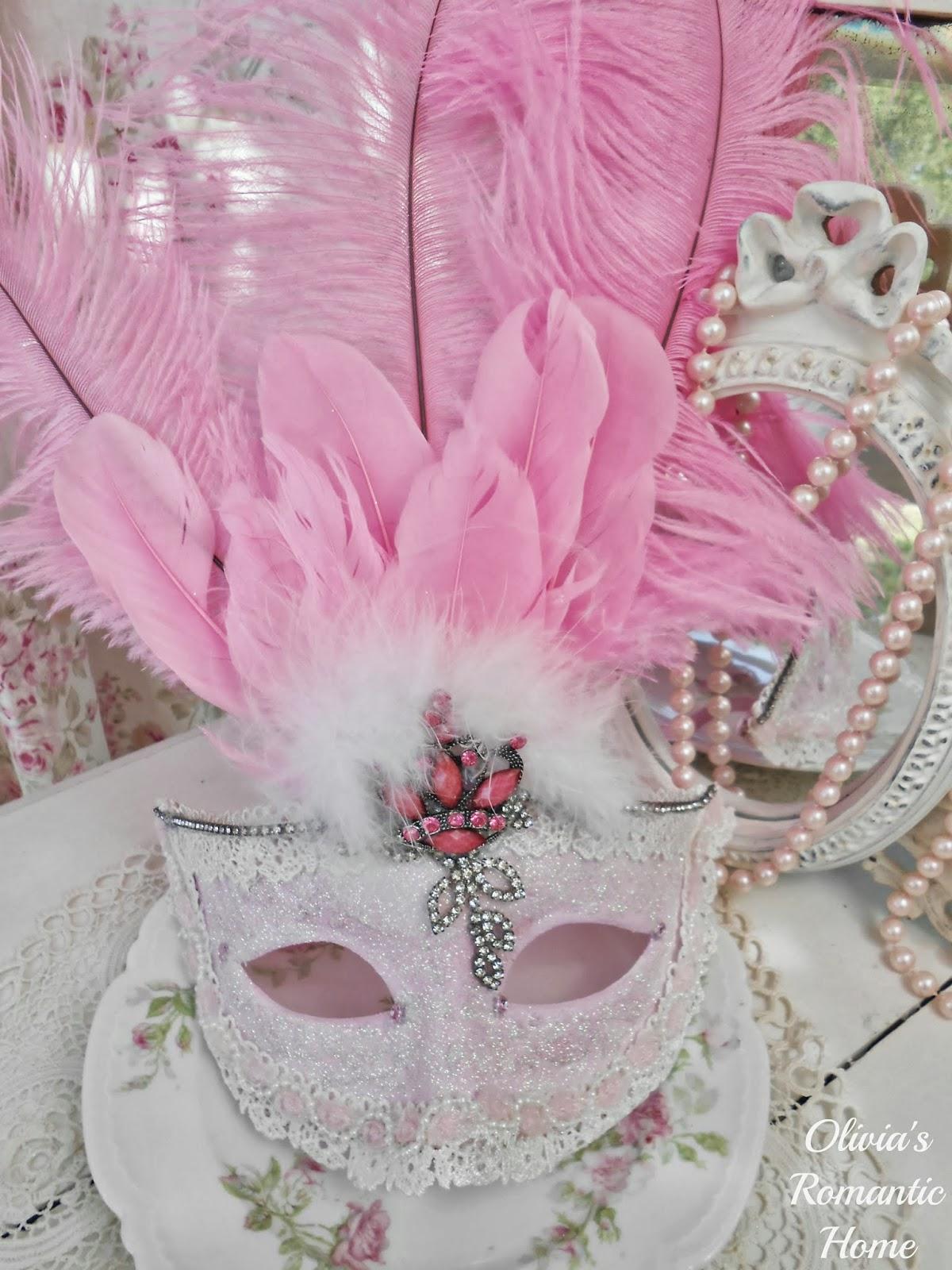 Pink Shabby Chic Dresser: Olivia's Romantic Home: Shabby Chic Pink Pumpkin Fall