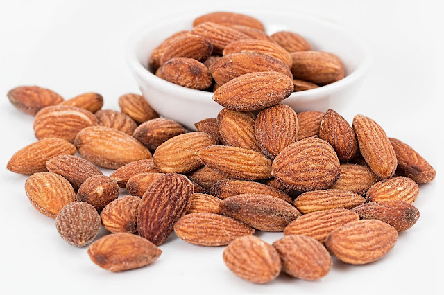 almond - a healthy fat