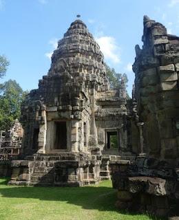 Prasat Wat Athvea, Vat Atvea o Wat Athvear.