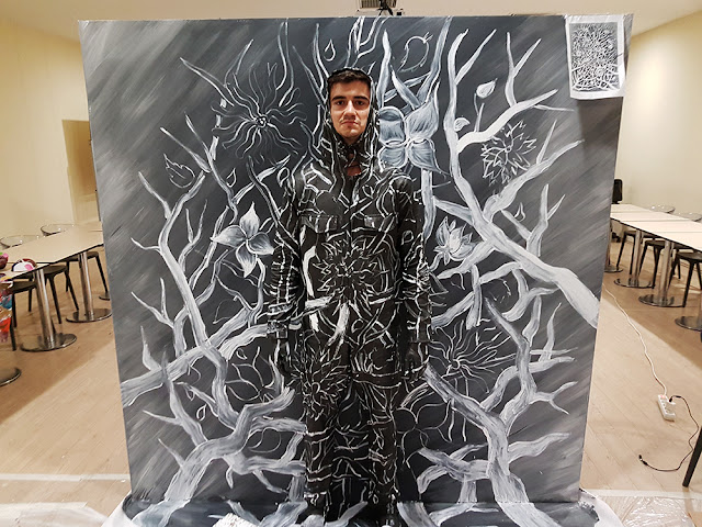Invisible Man: Contemporary 3D Art Live Performance by Ben Heine - Flesh and Acrylic - Branches and Flowers - Ankamall