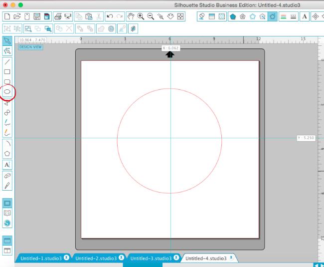silhouette studio replicating design in a circle