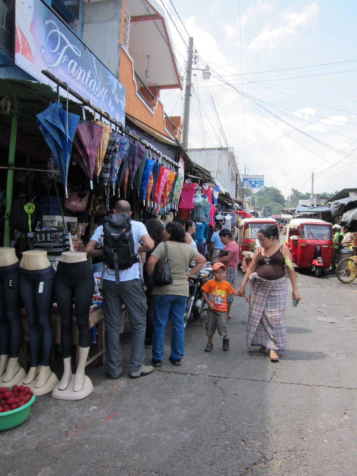 Claudia de guatemala bien cogida por un toro - 2 part 8