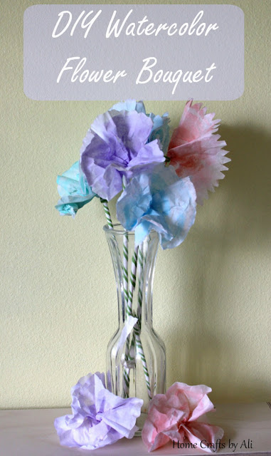 DIY Watercolor Flower Bouquet - a simple paint project so you can make your own flower bouquet