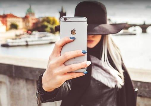 7 Tips dan Trik Cara Mengambil Foto Menggunakan HP