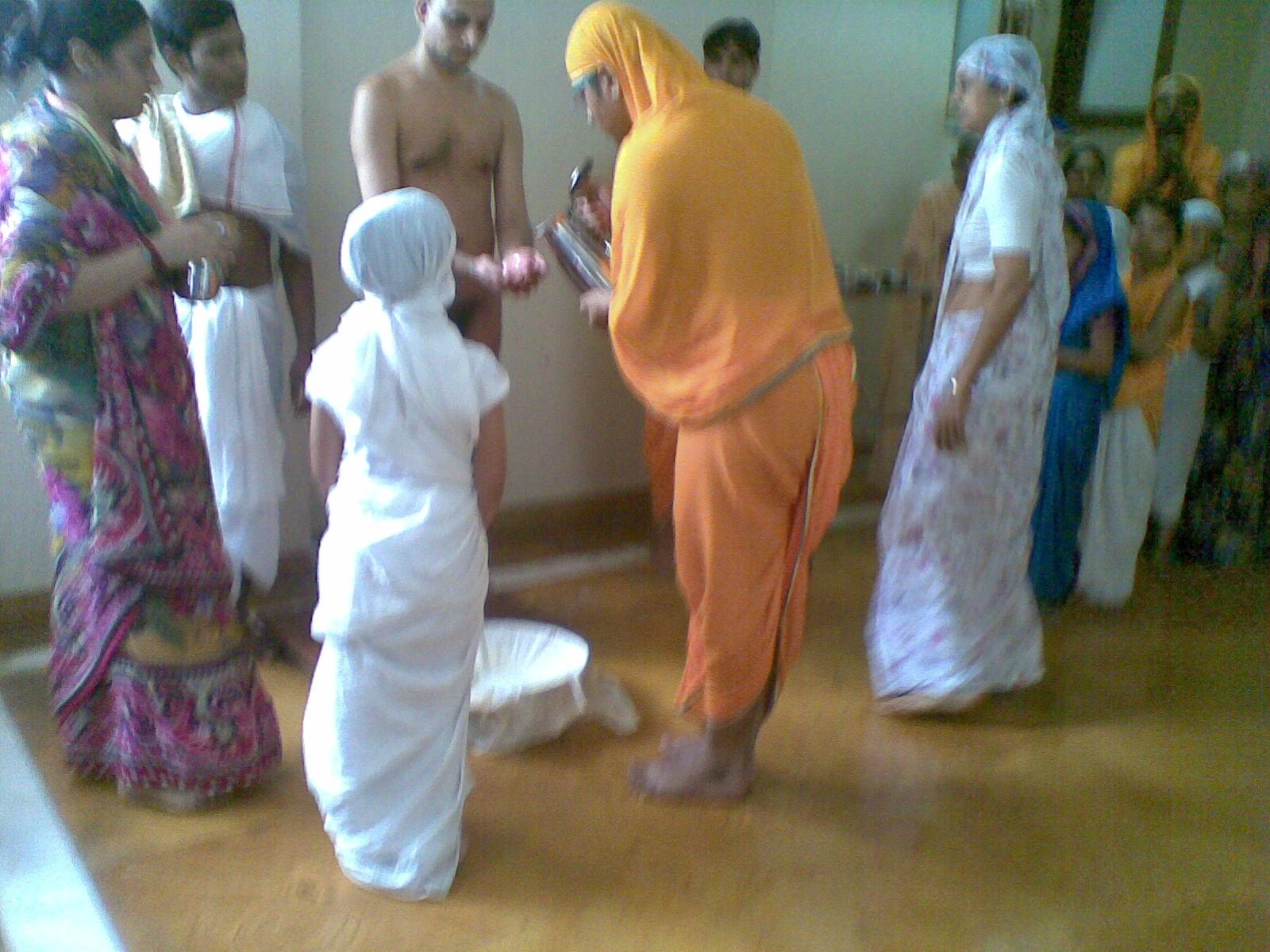 Digambara Monks Ahar begins