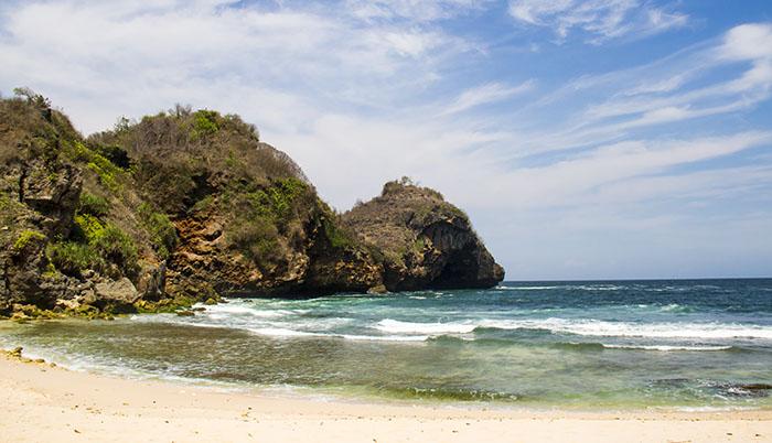 Pantai Krokoh, di Antara Jogja dan Jawa Tengah