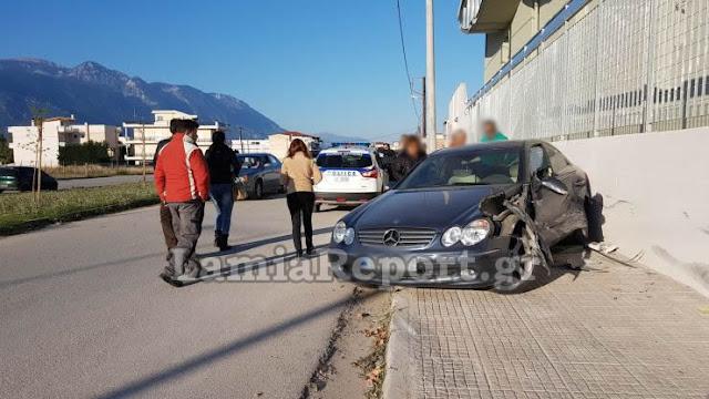 Τροχαίο ατύχημα έξω από σχολείο -Τραυματίστηκαν δύο μαθήτριες