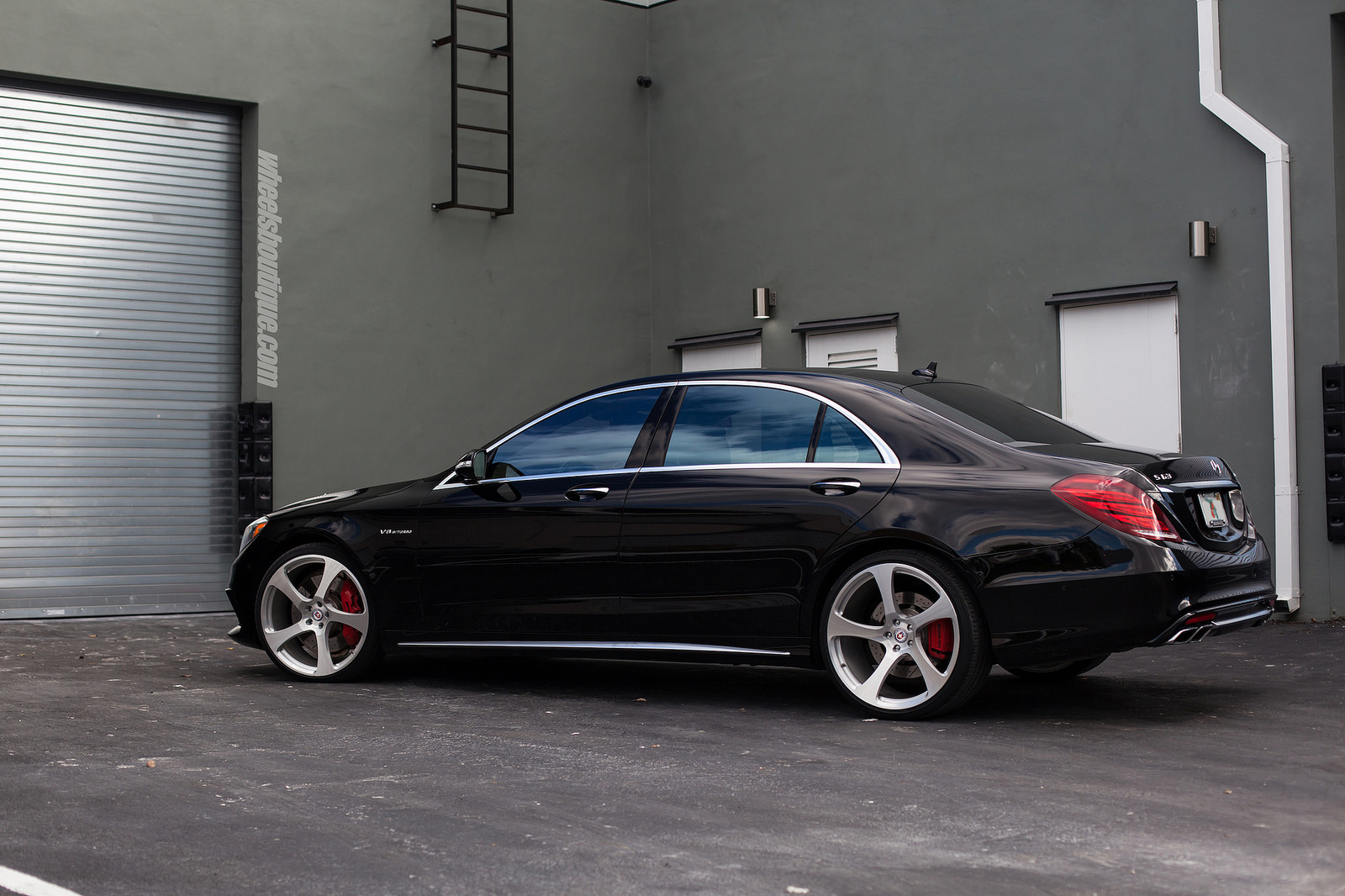 mercedes amg w222 s63 on 22 hre rs102m wheels benztuning. Black Bedroom Furniture Sets. Home Design Ideas